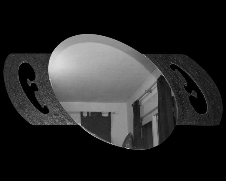 Espejo Ovalado con técnica mixta